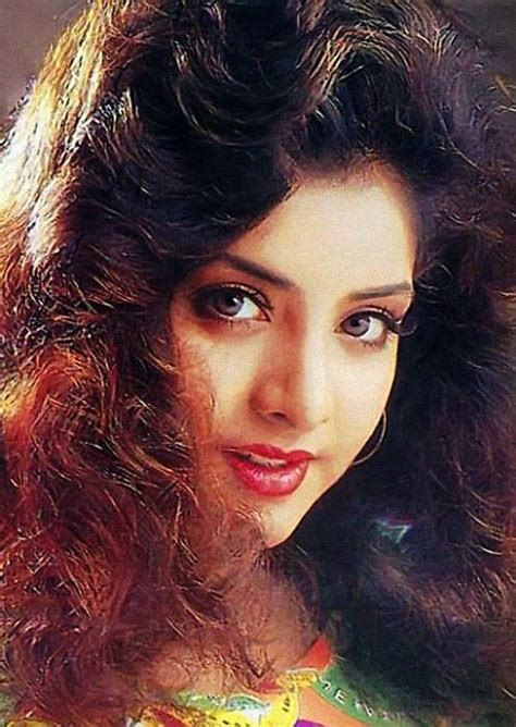 Divya Bharti Awesome Images - Whatsapp Images