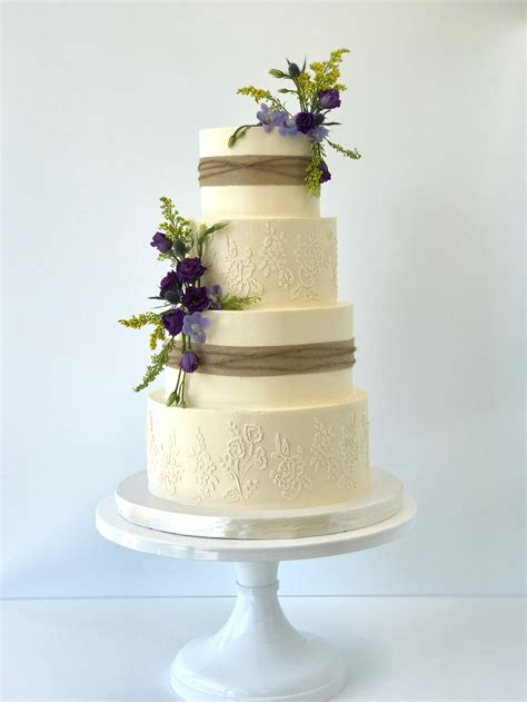 Wedding Cakes - Fluffy Thoughts Cakes